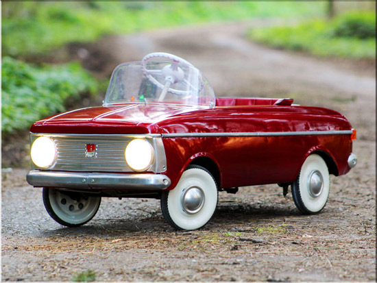 Pick up a reconditioned 1970s Moskvitch Soviet-era miniature pedal car for kids
