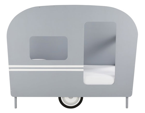 Vintage-style caravan bed for kids at Maisons Du Monde