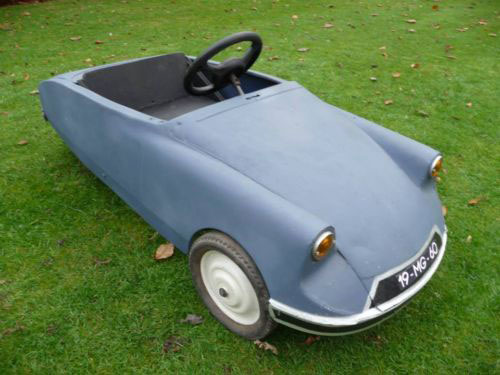 Vintage Citroen DS pedal car
