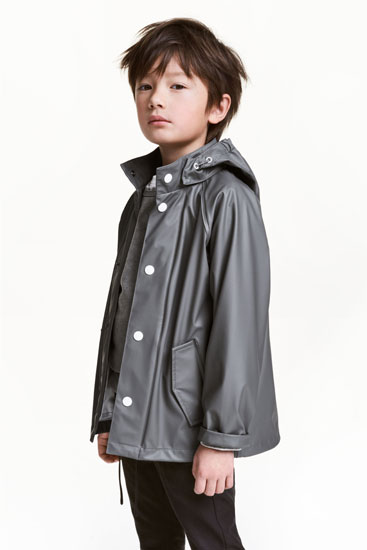 Classic on a budget: Rain Jacket for kids at H&M
