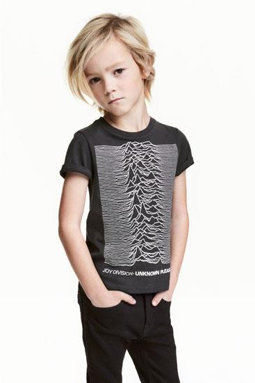 Post punk kids: Joy Division Unknown Pleasures t-shirt at H&M