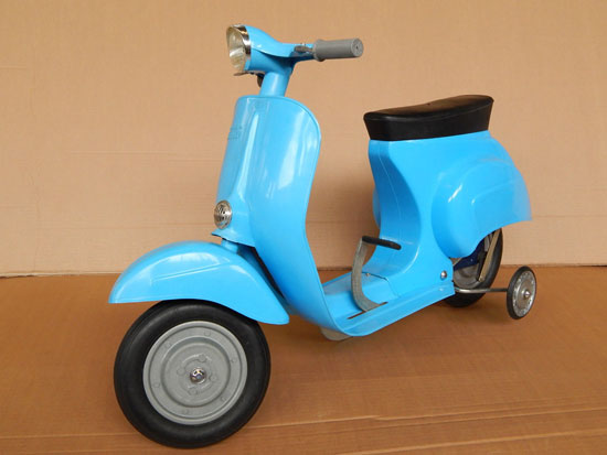 Kinderbaby Vespa scooter for kids