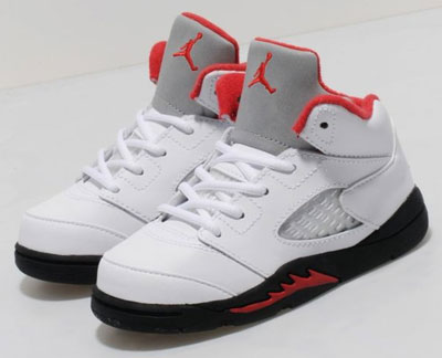 Nike Jordan V Retro Fire Red trainers for kids
