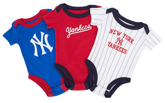 New York Yankees babygrow set by Majestic
