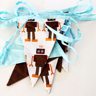 Robot bunting by Blafre