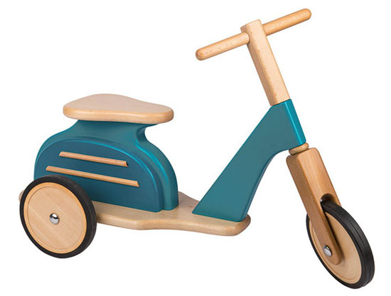 Moulin Roty vintage-style scooter for kids
