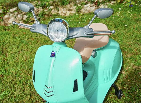 Mini mod: Chad Valley retro electric scooter for kids