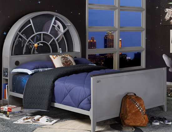 Official Star Wars bedroom furniture at Rooms To Go