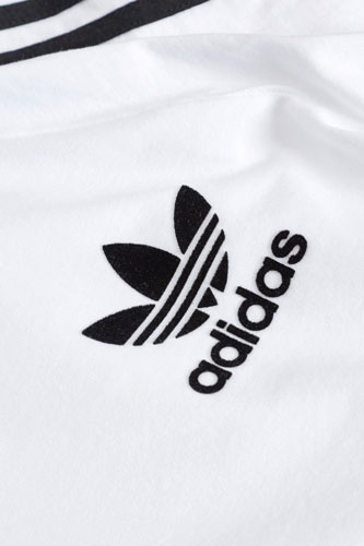 Classic Adidas Trefoil t-shirt for kids